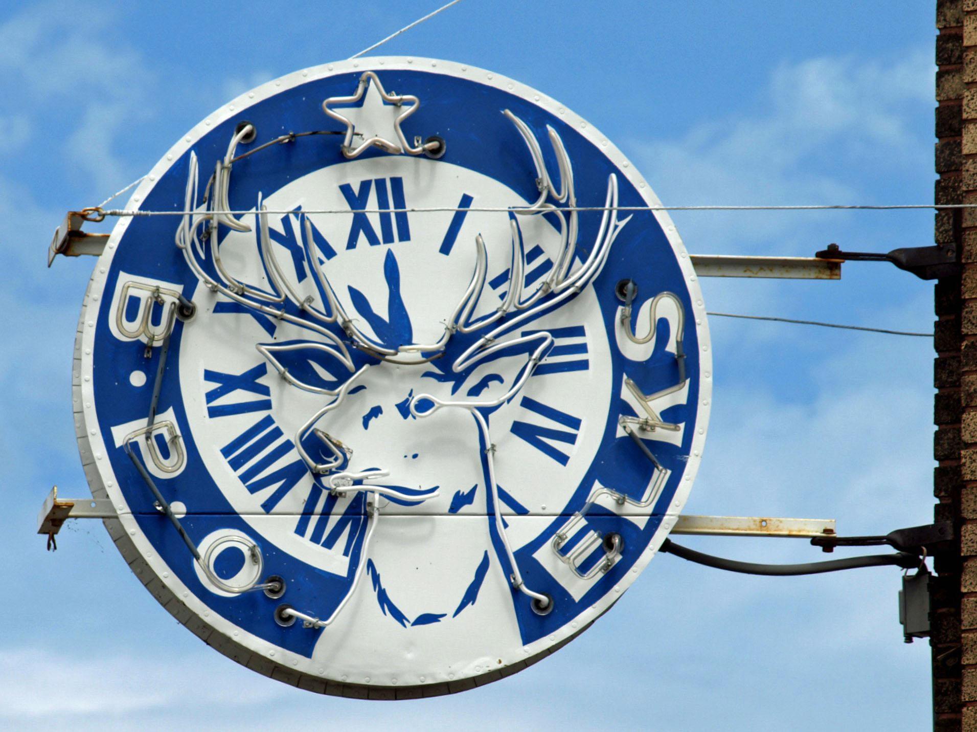 Elks Sign 3 - 1911 x 1431.jpg