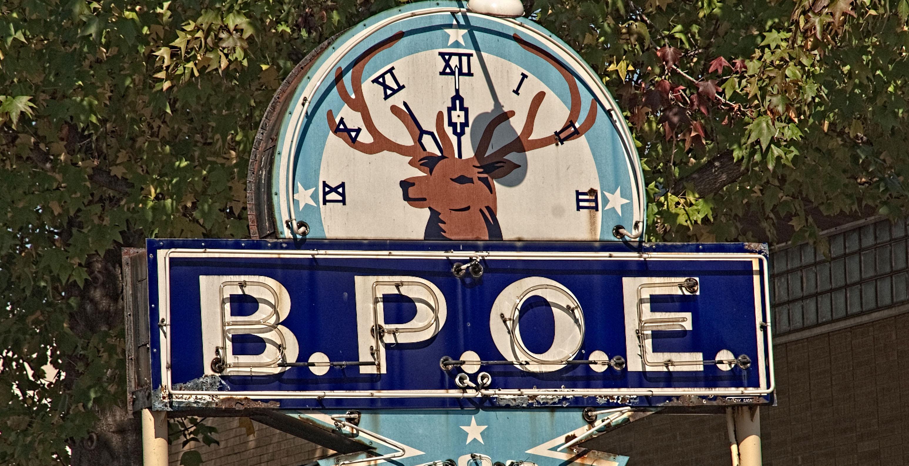 Elks Sign 6 - 3094 x 1588.jpg